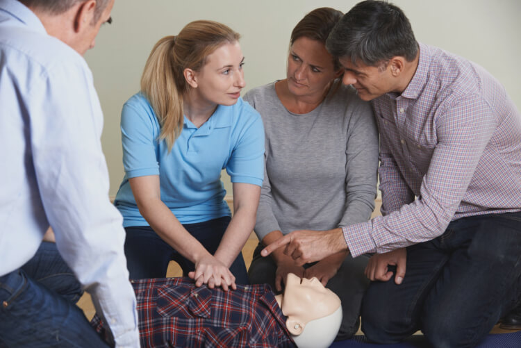 How to Spot a Cardiac Arrest and What to do when you spot one!