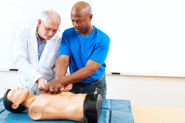 becoming-an-official-first-aider-